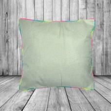 Подушка с цветным кантом